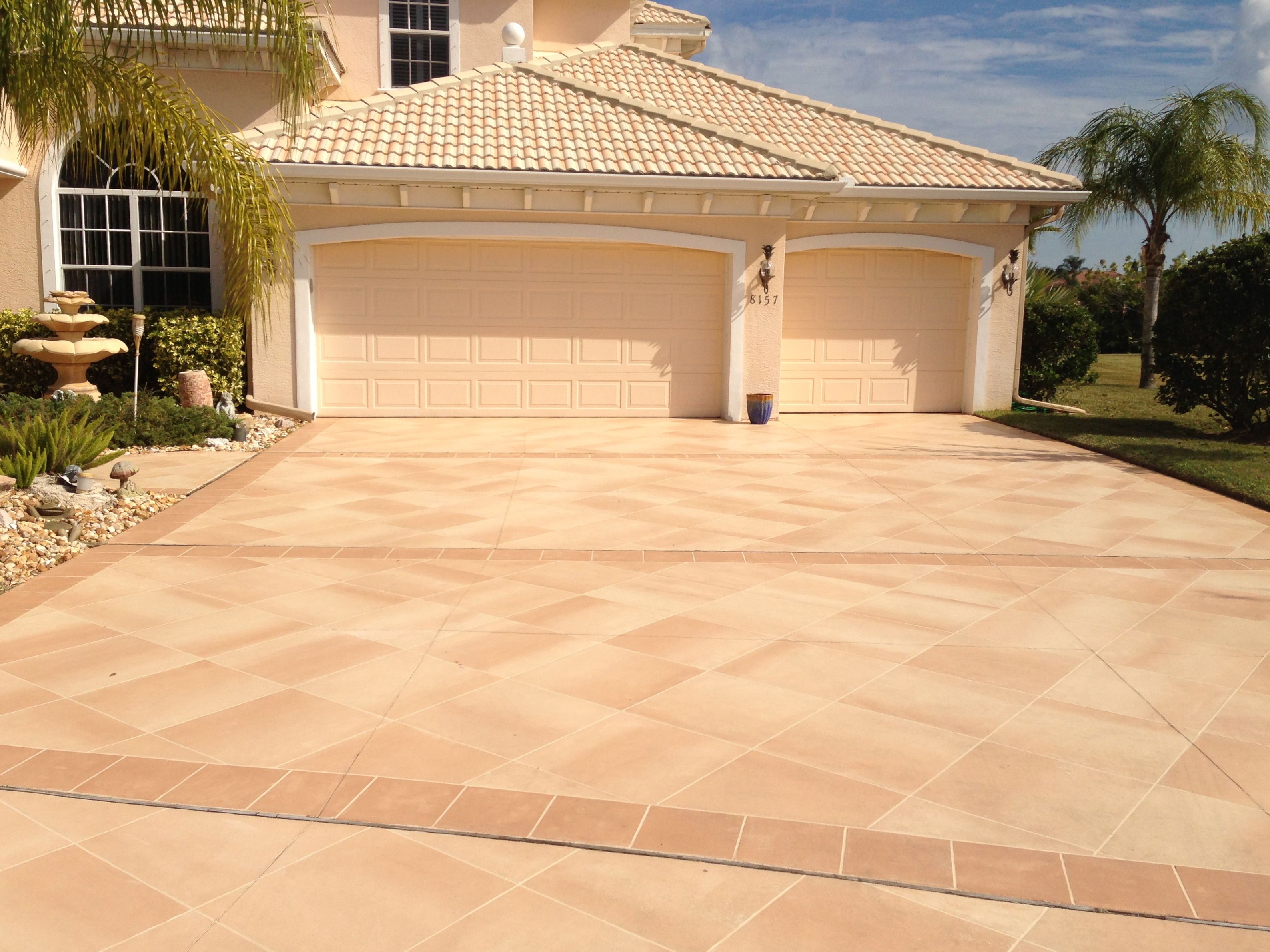 Concrete designs florida driveway decorating ideas Home driveway design ideas