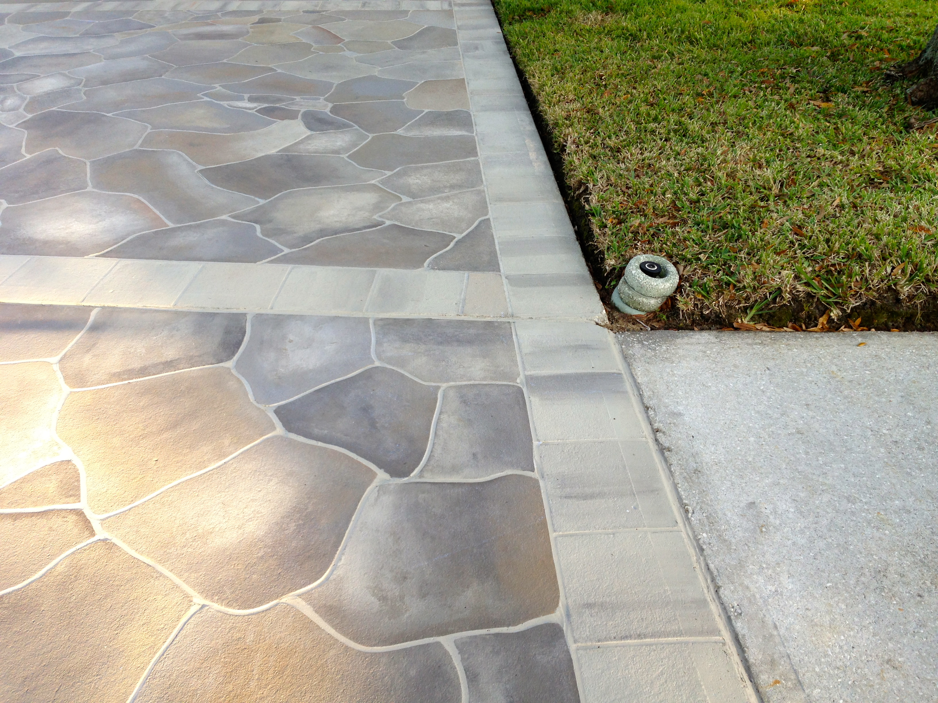 Concrete designs florida driveway staining for Concrete home design ideas