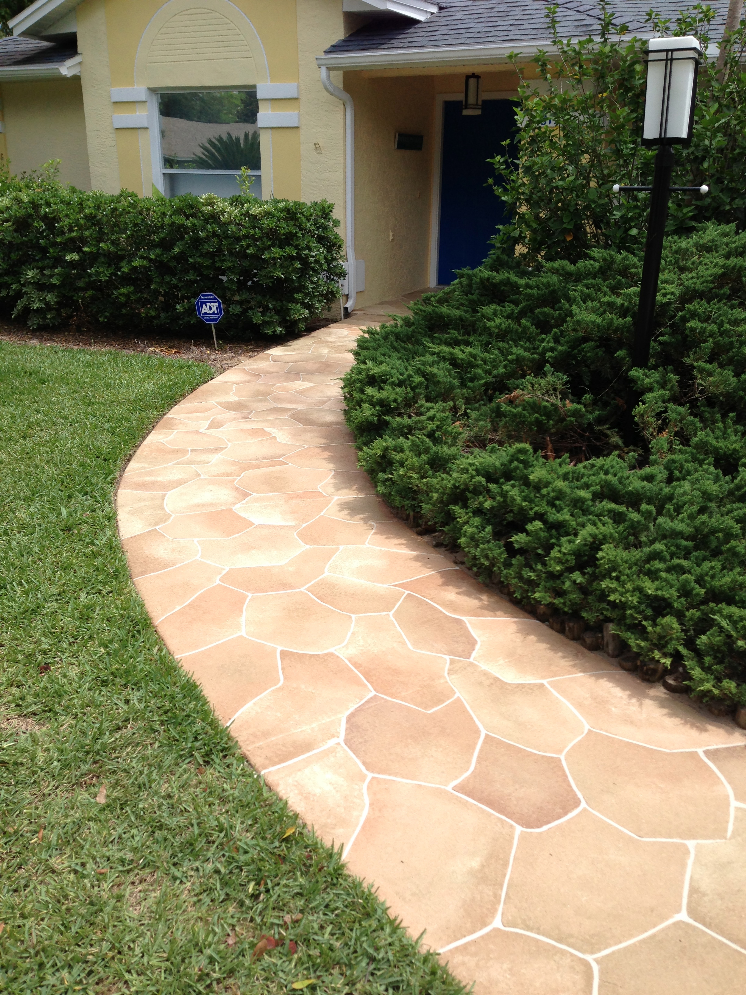 Concrete designs florida flagstone patio for Flagstone designs