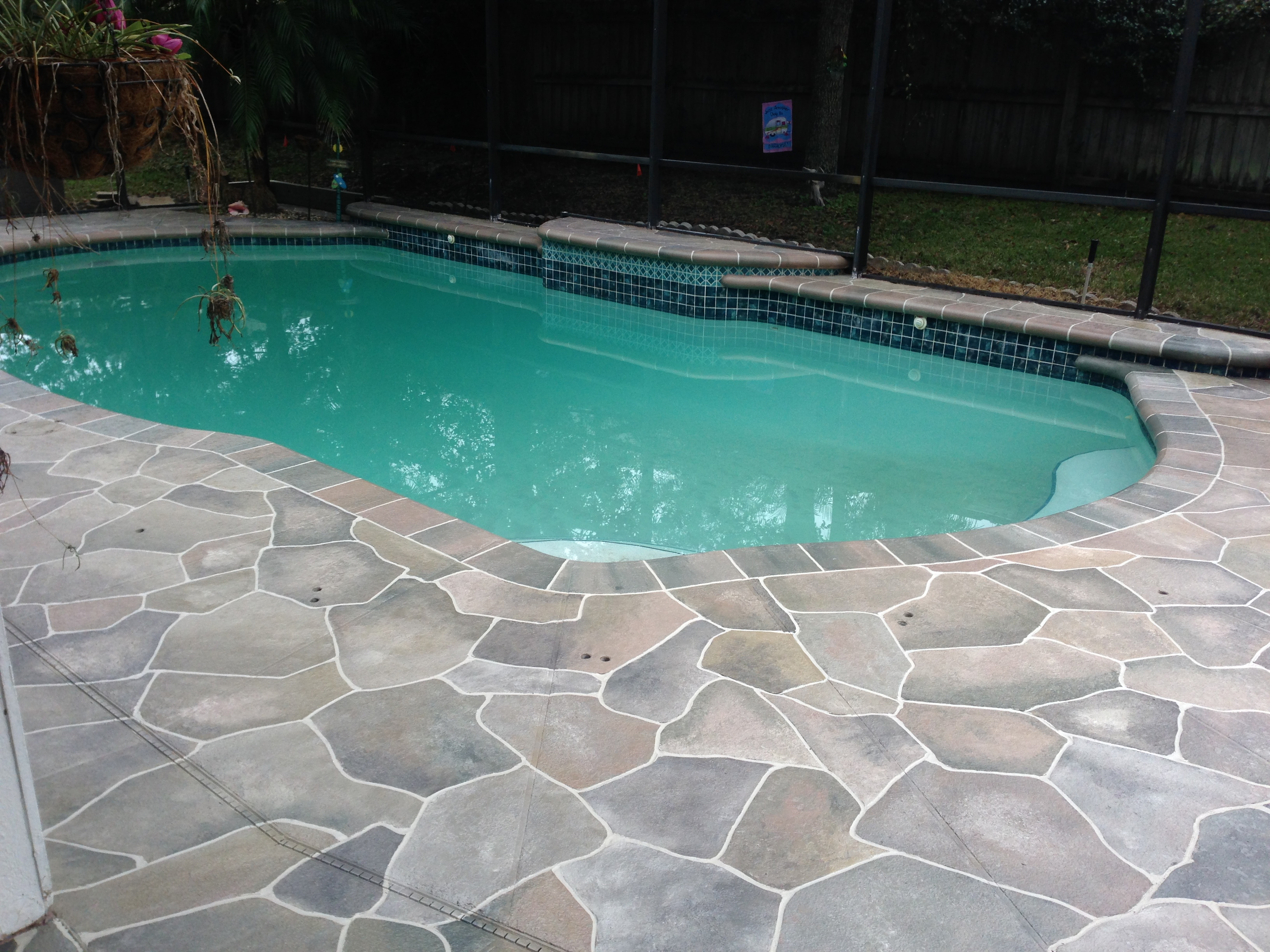 Concrete Designs Florida | Flagstone pool deck