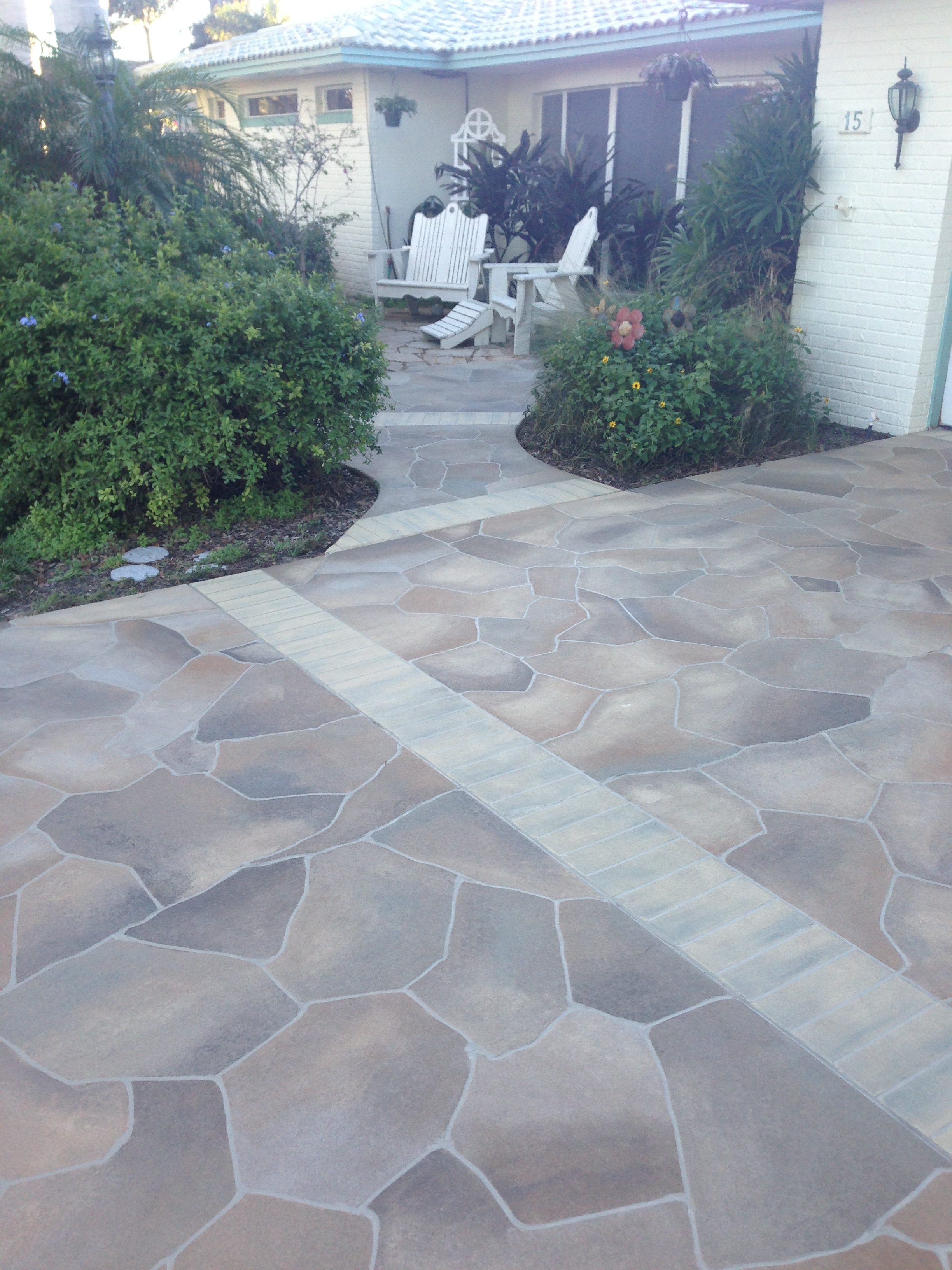 Concrete designs florida flagstone entryway for Cement driveway ideas